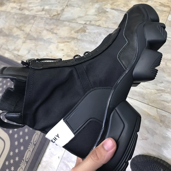 Givenchy Jaw High Sneakers Mens Boot